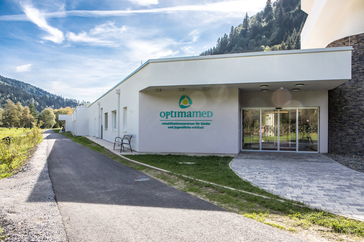 Eingang Rehabilitationszentrum Kinder und Jugendliche